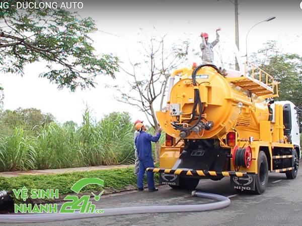 Sử dụng hút hầm cầu huyện Sơn Hà định kỳ