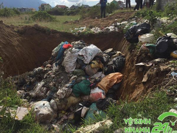 Chôn rác thải
