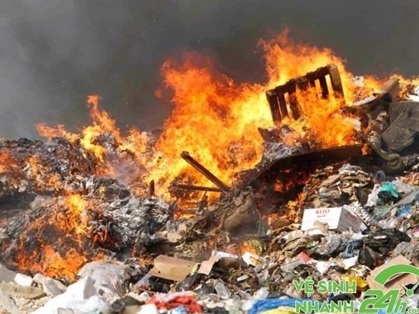 Thiêu đốt rác thải